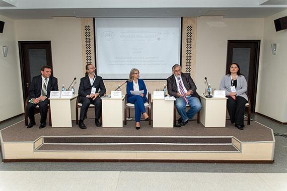 В Чебоксарах обсудили возможности повышения финансовой грамотности и финансовой доступности в регионах